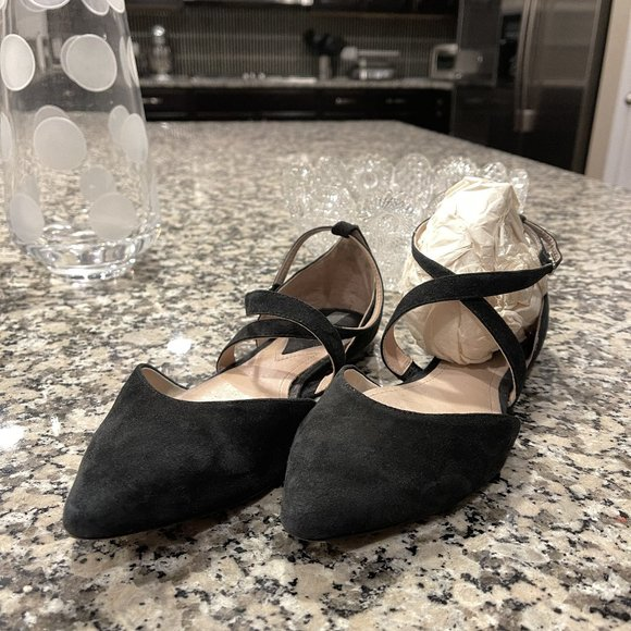 4/$20. H&M suede strappy flats. UK size 38